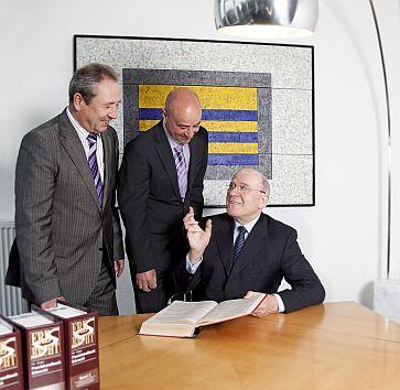 Rechtsanwälte: Götz-Dietrich Raisner, Martin Schreiber, Dr. Joachim Nelles