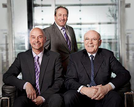 Rechtsanwälte: Martin Schreiber, Götz-Dietrich Raisner, Dr. Joachim Nelles